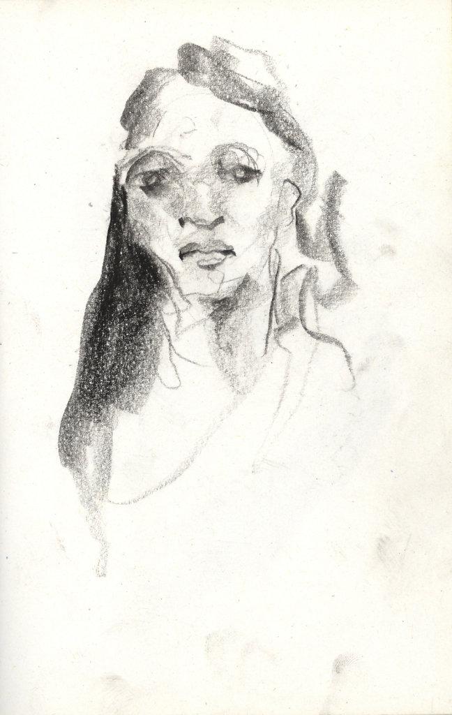 Femme de face